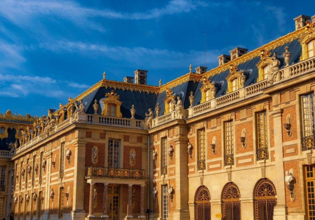 Chasseur Immobilier : Et Si Vous Achetiez Un Bien À Versailles ?